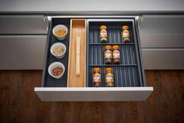 Ashton-Lewis-Kitchens_LDL_drawer-organizers